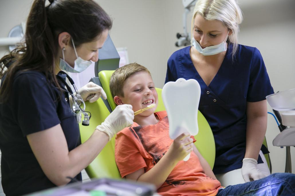Vorsorge Zahnarzt Wesseling Köln Bonn